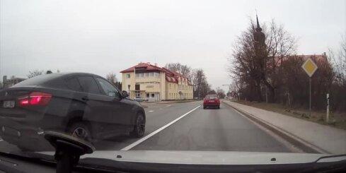 Agresīvs BMW Ķekavā