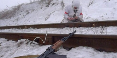 Ukrainas armija, lai traucētu separātistiem, spridzina sliedes