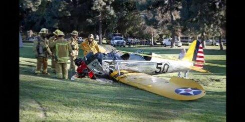 ASV lidmašīnas avārijā ievainots aktieris Harisons Fords - saruna ar dispečeru