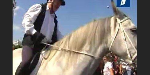 Šuplers zirga mugurā atklāj Rīgas 'Dinamo' jauno sezonu