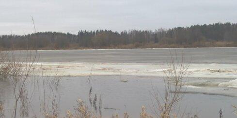 Ledus iešana Daugavā pie Līvāniem