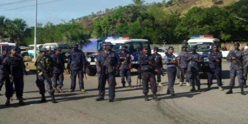 Papua-Jaungvinejas policija atklāj uguni pa studentiem