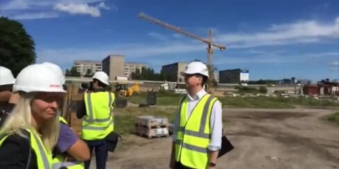 Kā Rīgā top tirdzniecības centrs 'Akropole'