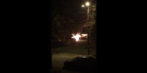 Nakts laikā Imantā nodeg automašīna