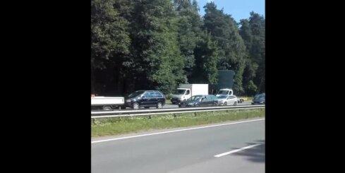 Sastrēgums uz Jūrmalas šosejas