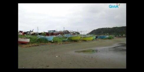 Tūkstošiem cilvēku bēg, spēcīgai viesuļvētrai sasniedzot Filipīnas