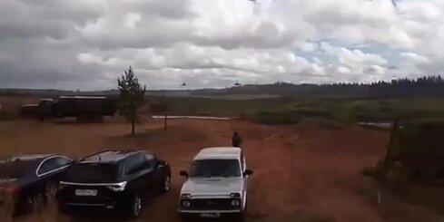 'Zapad 2017' laikā helikopters nejauši iešāvis raķeti skatītājos