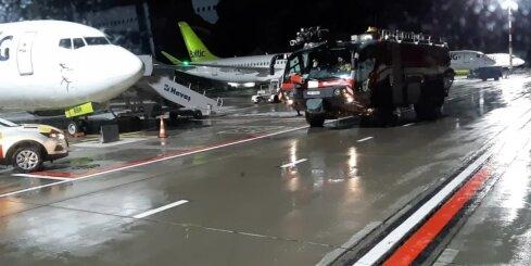 'airBaltic' reisu aizkavē tehniskas problēmas