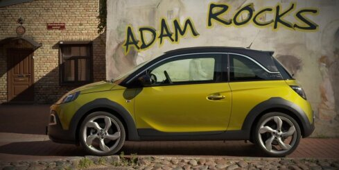 'Opel Adam Rocks' ieradies Latvijā