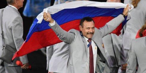 Несший флаг РФ член делегации Беларуси лишен аккредитации Паралимпиады