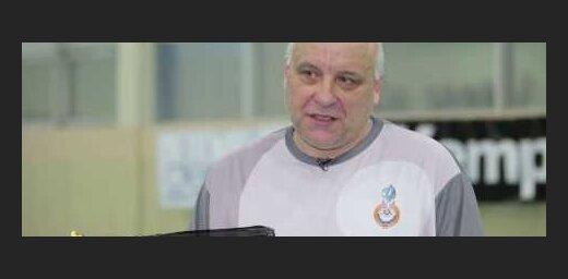 ВИДЕО: 55-летний экс-вратарь сборной России по гандболу успешно возобновил карьеру