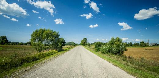 Šogad uz valsts grants autoceļiem veikta dubultās virsmas apstrāde 32 km apjomā