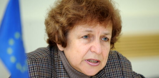 Ždanoka: EP Lūgumrakstu komitejā vienīgā sūdzība no Latvijas ir par nepilsoņu stāvokli