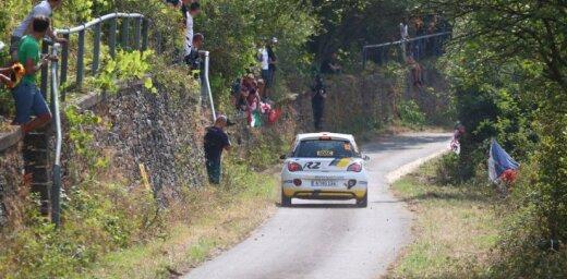Sesks tehnisku iemeslu dēļ spiests izstāties no sava debijas WRC pasaules čempionāta posma rallijā