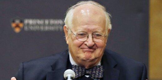 """Деньги маленького человека. Как Энгус Дитон стал """"народным"""" Нобелевским лауреатом по экономике"""