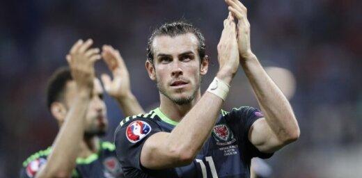Gigsa debijas spēlē Velsas futbola izlase sagrauj Ķīnu; Beils kļūst par rekordistu
