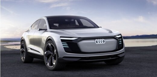 Šanhajā prezentēts 'Audi e-tron Sportback' konceptauto