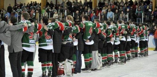 Seši klubi gatavi nākamajā sezonā startēt Latvijas hokeja virslīgā
