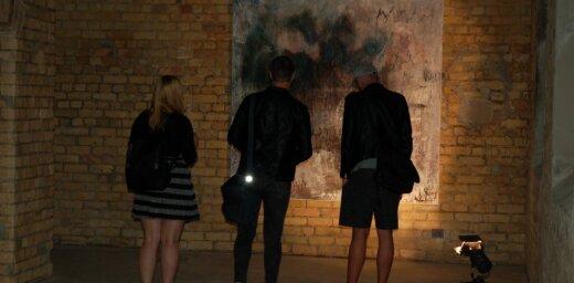 Maskavas ielas sūkņu stacijā atklāta Ances Gricmanes izstāde 'Sakrālā abstrakcija'