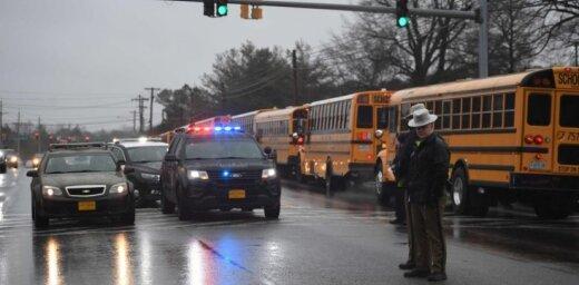 Apšaudē skolā Mērilendas štatā ievainoti divi cilvēki, šāvējs nogalināts