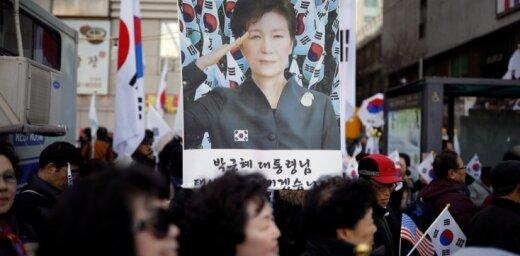 Dienvidkorejas eksministrei cietumsods par mākslinieku melnā saraksta izveidošanu