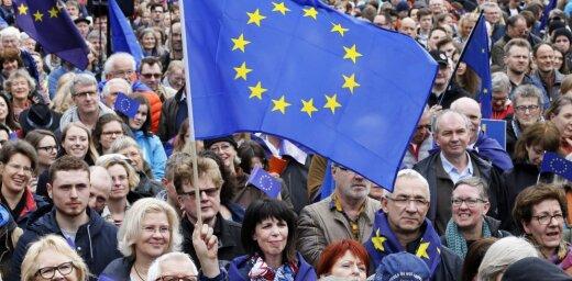 ЕС намерен принять шесть балканских стран до 2025 года