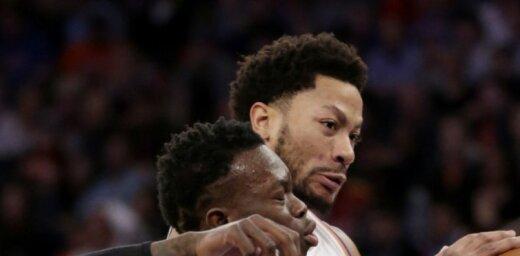 'Knicks' bez Porziņģa pēdējā pusminūtē izlaiž uzvaru pār 'Hawks' komandu