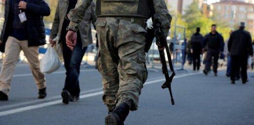 Turcijā 731 karavīrs saindējies ar pārtiku