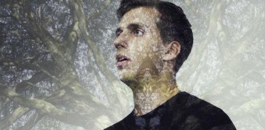 Jaunais mūziķis Miks Galvanovskis izdod īpaši romantisku videoklipu