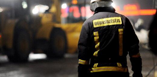 В Агенскалнсе горел дом: спасены двое жителей