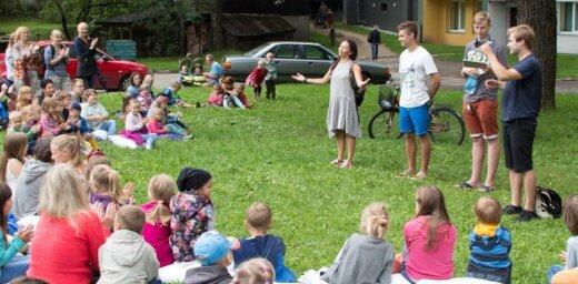 Ar koncertprogrammu 'Vilki papardēs' atklās Valmieras vasaras teātra festivālu