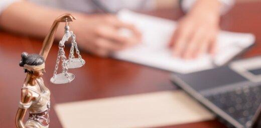 Tiesa atceļ prasības nodrošinājumu Vecrīgas viesnīcu strīdā