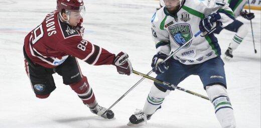 KHL pastarīšu duelī Rīgas 'Dinamo' pagarinājumā piekāpjas Hantimansijskas 'Jugra' vienībai