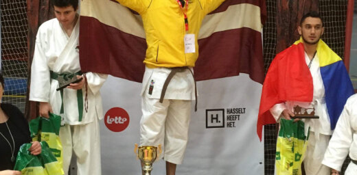 Latviešu sportists Vizulis Beļģijā triumfē karatē mačā sportistiem ar redzes traucējumiem