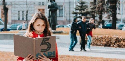 LNB notiks Ulmaņa režīmu slavinošas grāmatas 'Pieci gadi' lasījums