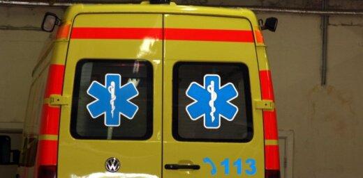 В воскресенье на дорогах Латвии пострадали 13 человек