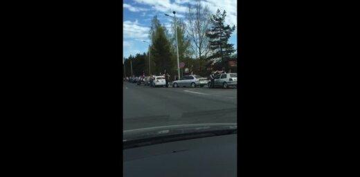 ВИДЕО: Нацблок провел автопробег с флагами, чтобы напомнить, кто в Латвии хозяин