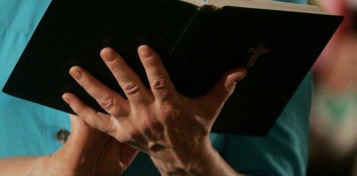'Delfi' lasītājs: Rasnačs un viņa līgava – ko par to saka baznīca?