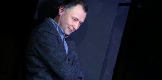 Dailes teātra Zinību stundā – saruna ar fotogrāfu Jāni Deinatu