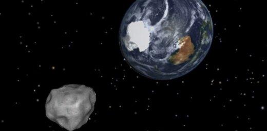 Ceturtdien Zemei pietuvosies milzīgs asteroīds