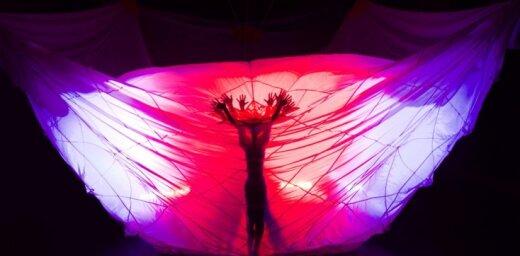 Agris Daņiļevičs un 'Dzirnas' iestudējuši muzikālu dejas fantāziju 'Mana daba'