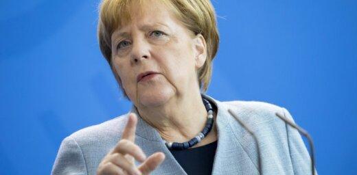Более половины немцев — за отставку Меркель с поста канцлера ФРГ
