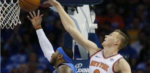 Video: Porziņģis 'aizsūta mājās' Entoniju un iekļūst NBA dienas TOP 5