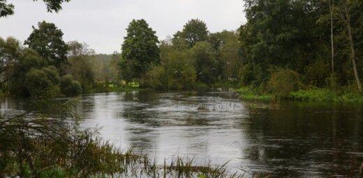 LAD četrām saimniecībām prasa atmaksāt 37 300 eiro nepamatoti saņemtās kompensācijas par plūdiem