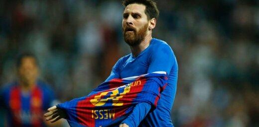 Mesi intriģējošā 'El Clasico' mača pēdējās sekundēs izrauj 'Barcelona' uzvaru pār 'Real'