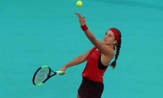 Ostapenko Ķīnā sāk sezonu ar maču pret Kristīnu Plīškovu; Sevastova pret Kirstju