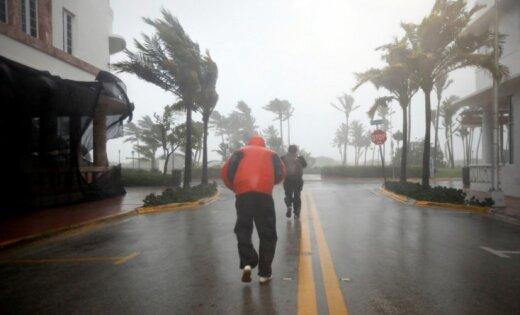 12 Latvijas valstspiederīgajiem 'Irmas' dēļ bijusi nepieciešama palīdzība
