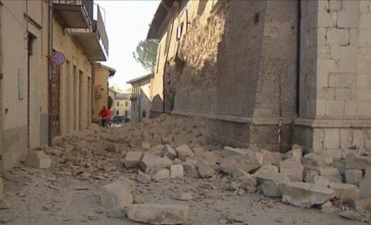 В итоге землетрясения вИталии разрушены собор ихрам