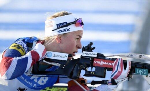 Norvēģiete Ekhofa uzvar Pasaules kausa pēdējā posma sacensībās ar masu startu