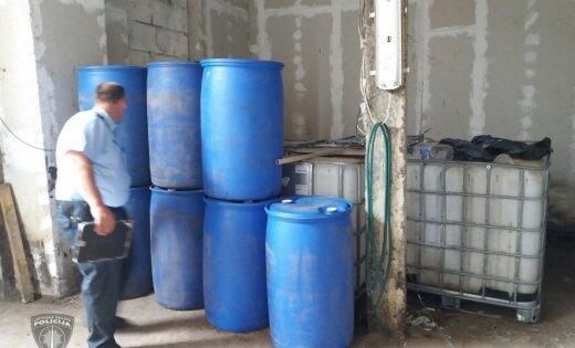 Полиция накрыла подпольный склад суррогатного алкоголя